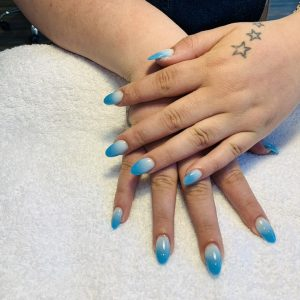 blue and white ombre nail design