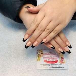 v shape tips design on nail extensions